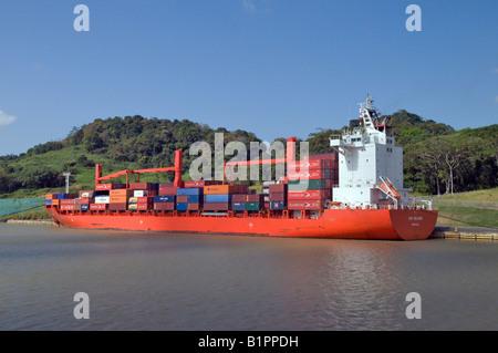 """Panamax-Containerschiff"" - Stockfoto"