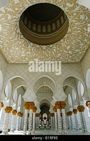 Scheich Zayed bin Sultan Al-Nahjan-Moschee, Moschee, drittgrößte Moschee der Welt, Abu Dhabi, Vereinigte Arabische - Stockfoto