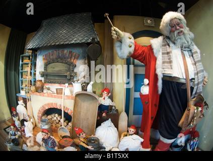 Schaufenster dekoriert für Weihnachten Anzeige animierte Märchen ...