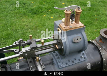 Betriebsgeräte auf Modell Dampftraktor Stockfoto, Bild: 3999330 - Alamy