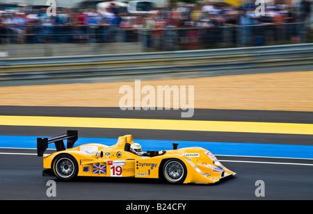 2008 24-Stunden Rennen von Le Mans mit Lola AER B06-10 von Chamberlain Synergy Motorsport. - Stockfoto