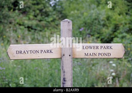 Finger Post Gillespie Park Highbury London England UK - Stockfoto