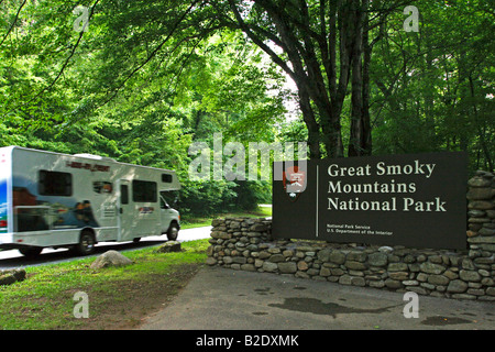 RV Camper Eingabe einer der Great Smoky Mountain National Park - Stockfoto