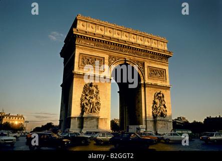 Arc de Triomphe Champs Elysees Paris Frankreich - Stockfoto