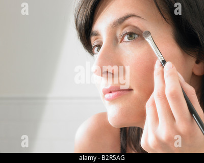 Frau auf Make-up - Stockfoto