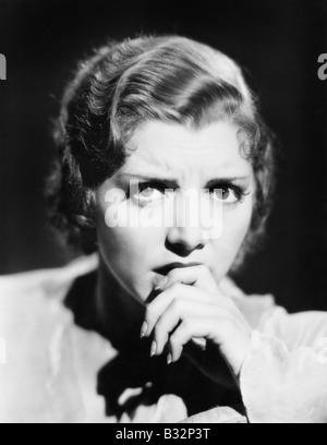 Porträt der ängstliche Frau - Stockfoto
