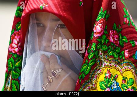 Junge Braut bei ihrer Hochzeit in Mary Turkmenistan - Stockfoto