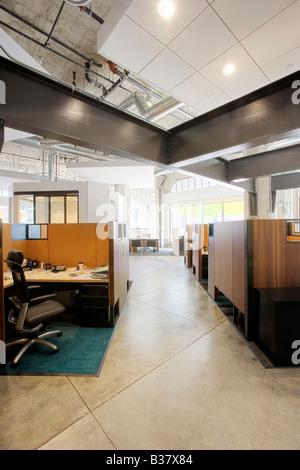 Innere des modernen Büroflächen mit Kabinen - Stockfoto