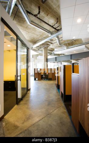 Innen eine moderne Büroflächen mit Kabinen - Stockfoto