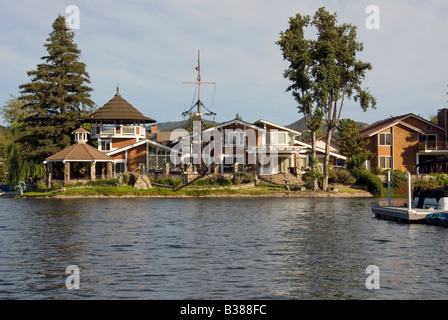 Exklusive Community Häuser, Häuser entlang See in Westlake Village, Los Angeles County, Kalifornien, Elite und abgelegene - Stockfoto