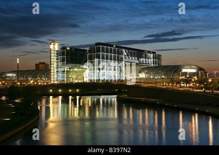 Deutschland, Deutschland, Berlin Hauptbahnhof, Hauptbahnhof, Lehrter Bahnhof - Stockfoto
