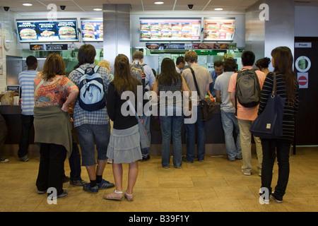 Burger King Schnellrestaurant - Tottenham Court - London - Stockfoto