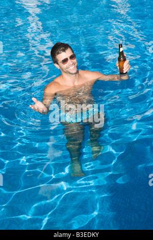 Urlaub, Schwimmbad, Männer, jungen, Badehose, Ständer