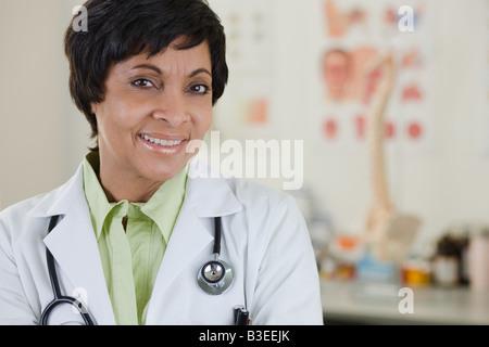 Porträt von einer Ärztin - Stockfoto