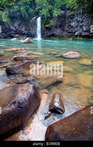 Wasserfall in dem Tully River in Tully Gorge National Park Nord-Queensland-Australien - Stockfoto