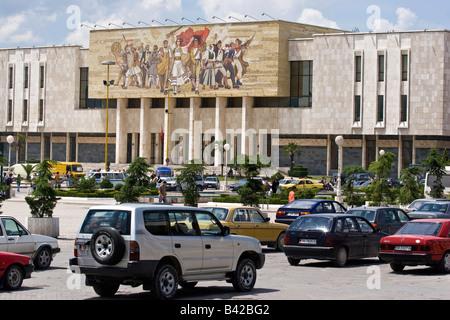 Skanderbeg-Platz und Museum of national History in TIrana, Albanien. - Stockfoto