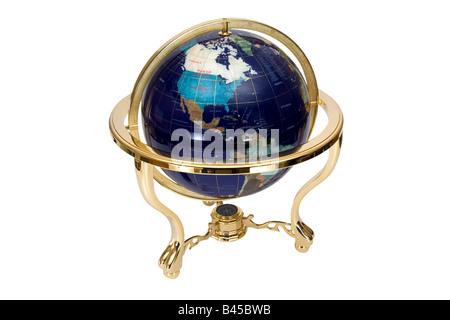 Globus Atlas isoliert auf weißem Hintergrund - Stockfoto