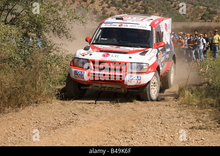 Pax-Rallye - Lisboa-Portimão - Dakar-Serie - Auto 216 - Team - Redline, Nuno Inocêncio und Sérgio Cosme - Stockfoto
