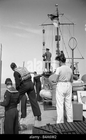 Polizei, Deutschland, Deutsche Demokratische Republik, Grenzpolizei, Patrouillenboot in Betrieb, 1958, Additional - Stockfoto