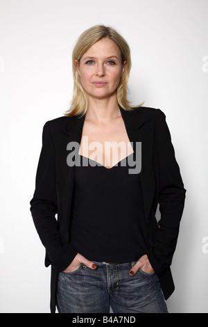 Böhm, Katharina, * 20.11.1964, österreichische Schauspielerin, halbe Länge, 2007,