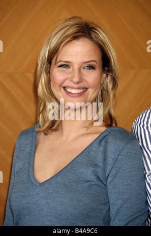 """Böhm, Katharina, * 20.11.1964, österreichische Schauspielerin, Porträt, bei PR-Termin, TV-Film """"Wiedersehen in Verona"""", Hamburg, 2007,"""