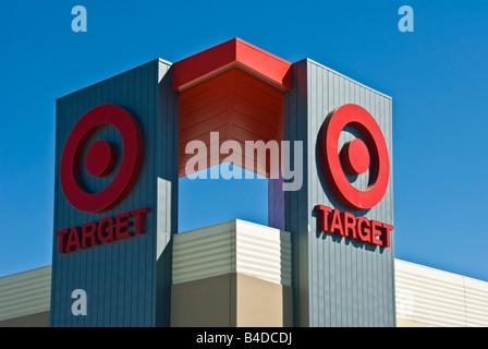 Ziel-Kaufhaus Zeichen Logo Warner Center Topanga Shopping Center Los Angeles Kalifornien Usa Ziel Logo Schild außen - Stockfoto
