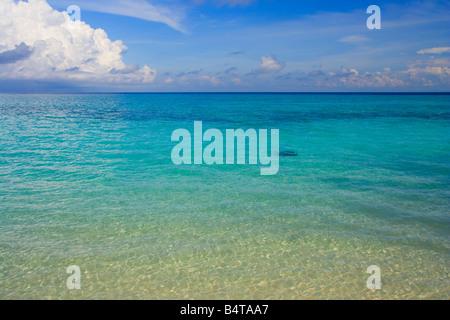 Der Sulu-See um Mabul Island in der Nähe von Semporna Sabah Malaysia - Stockfoto