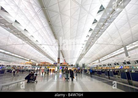 Eine Innenansicht des Flughafens Chek Lap Kok - der Hong Kong international Airport. - Stockfoto