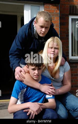 WIE ihr Stepmum im Sterben lag, geschworen Teenager Rachel Thorp, sie würde die Familie zusammenhalten und kümmern - Stockfoto