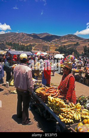 Ecuadorans, ecuadorianischen, Obst- und Gemüse Hersteller, Anbieter, Anbieter, indischen Markt, Markt, Marktplatz, - Stockfoto
