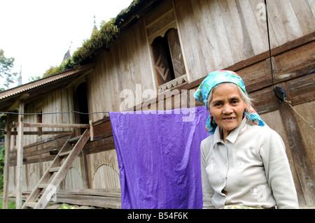 Rumah Minangkabau Belimbing Dorf Bukittingi Sumatra Indonesien - Stockfoto