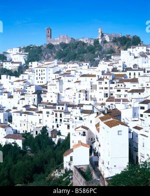 Casares, typische weiße Stadt in Andalusien (Andalusien), Spanien, Europa - Stockfoto