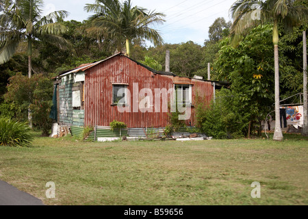 Aborigines Wellblech bekleideten Haus auf Stradbroke Island Queensland QLD Australien