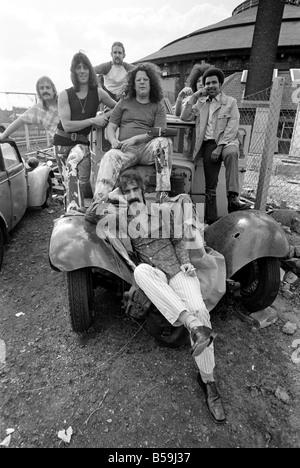 Frank Zappa. Eine andere amerikanische Rockband trifft London Town: Frank Zappa und seinem Outfit den Mothers of - Stockfoto