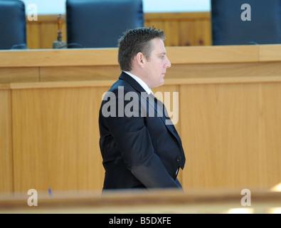 John Hogan steht auf der Anklagebank in den Gerichtssaal in Chania Kreta für Mord Probe hören John Hogan, von einem - Stockfoto