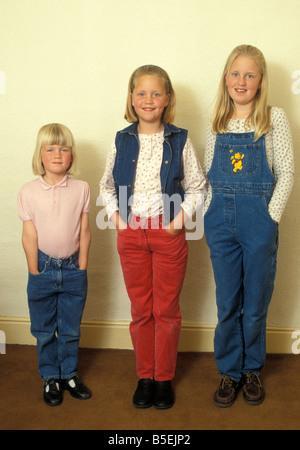 Porträt, drei Schwestern im Alter von 4, 9 und 12 - Stockfoto