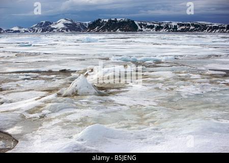 Packeis bedeckt fjord - Stockfoto