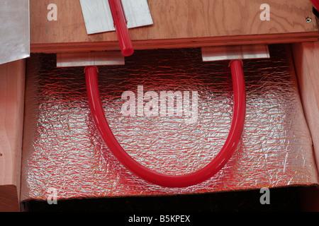 Unterboden Heizung Schlauchsystem für Solarheizung Verkleidungen - Stockfoto