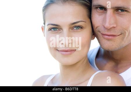 Paar Lächeln auf den Lippen. - Stockfoto