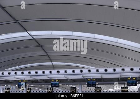 Abstrakte Decke des Pearson International Airport Terminal 1 Toronto Kanada reisen - Stockfoto