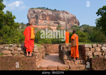 Die Felsenfestung Sigiriya (Lion Rock), UNESCO-Weltkulturerbe, Sri Lanka, Asien - Stockfoto