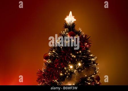 Künstlicher Weihnachtsbaum - Stockfoto