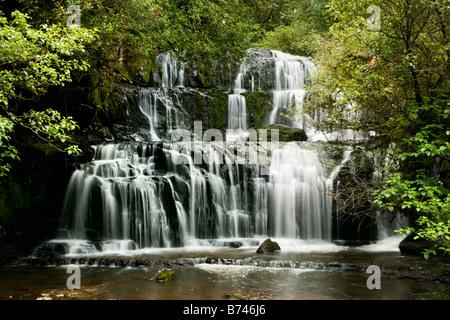 Neuseeland, Südinsel, Catlins, Papatowai, Purakaunui Falls. - Stockfoto