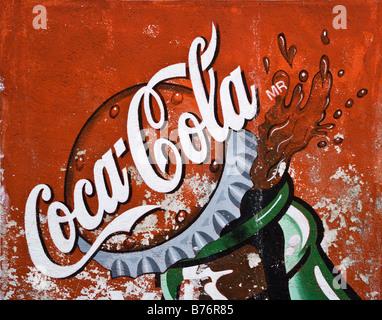 COCA COLA AD an einer Wand in der Ghost Stadt von MINERAL DE POZOS jetzt eine kleine Künstler Kolonie & touristischen - Stockfoto