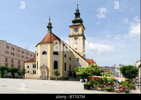 Pfarrkirche Maria Himmelfahrt, Pfarrplatz, Pfarrei Square, Linz, Oberösterreich, Europa - Stockfoto
