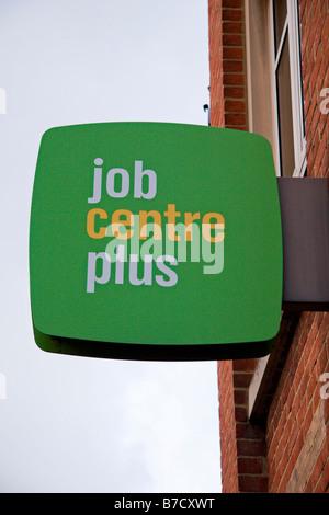 Job Centre Plus Zeichen in der Mitte in Worcester Street, Oxford, England. Jan 2009 - Stockfoto
