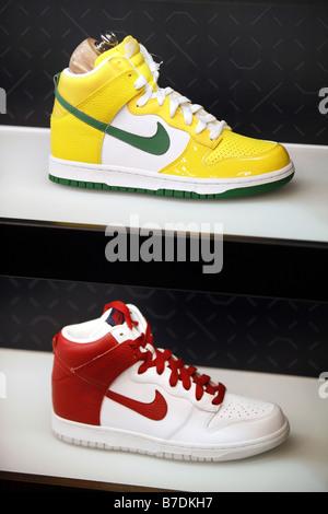 Basketball Schuhe, Nike Store, Harlem, New York City, USA