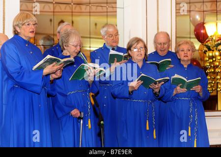 Party Weihnachtslieder.Bradford Chor Singen Weihnachtslieder Auf Eine Christmas Party West