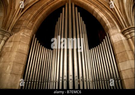 Orgelpfeifen in Southwark Cathedral, London - Stockfoto