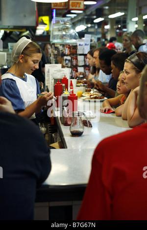 Amish Restaurant, Reading Terminal Market, Philadelphia, Pennsylvania, USA - Stockfoto